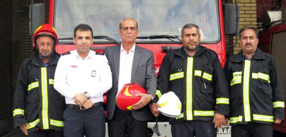 مدیرعامل آتشنشانی کازرون: قول میدهیم در چند سال آینده کازرون را به عنوان شهر ایمن در کشور معرفی کنیم+ویدئو