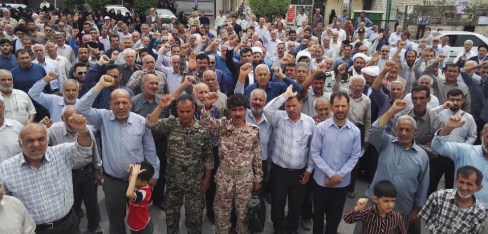 گزارش تصویری: راهپیمایی مردم کازرون پس از نماز جمعه امروز ضداستکبار/ عکس: علی و علیرضا گلچین