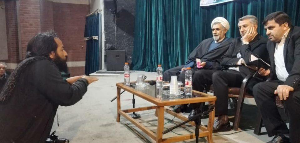 گزارش تصویری: نشست مدیر کل فرهنگ و ارشاد اسلامی فارس با هنرمندان کازرون/ عکس: علی گلچین