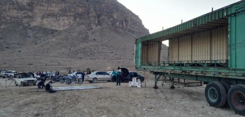آماده سازی پیست موتورسواری و اتومبیلرانی کازرون برای مسابقات استانی فردا جمعه ۲۳ آبان/ عکاسان: علی و علیرضا گلچین